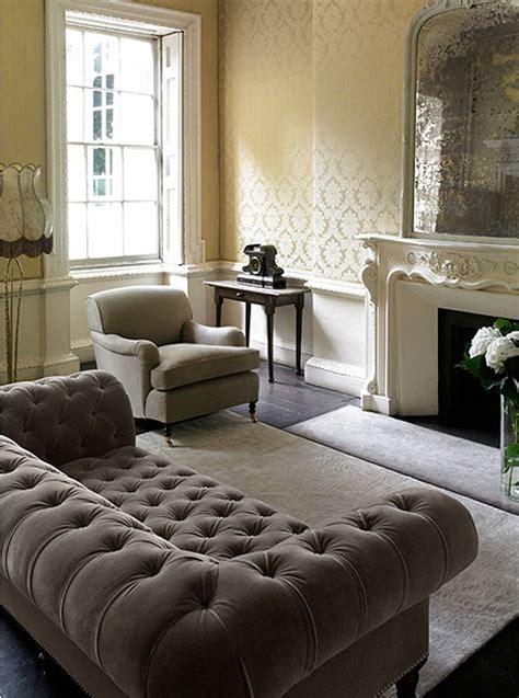 tufted sofa living room best 25 victorian sofa ideas on pinterest victorian