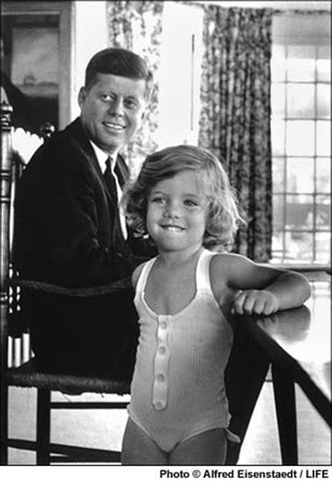 caroline kennedy the daughter of president john kennedy john f kennedy and his daughter caroline at home in