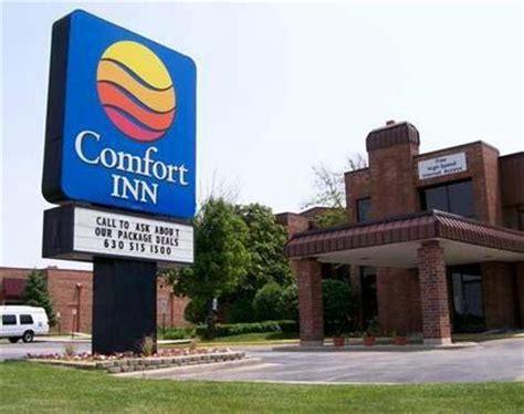 comfort inn illinois comfort inn downers grove downers grove deals see hotel