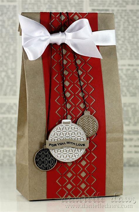 L Santa Paperbag Kado Paperbag Souvenir Bungkus Kado feestelijk cadeaus inpakken 7 ideetjes voor origineel verpakte kerstkado s christmaholic nl