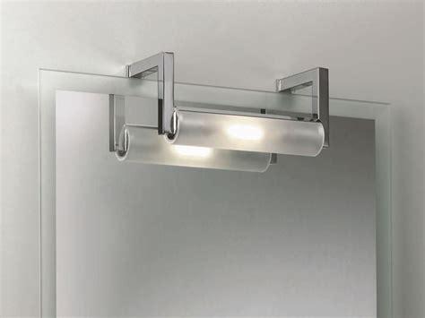 luce da specchio bagno realizzare l illuminazione bagno illuminare come