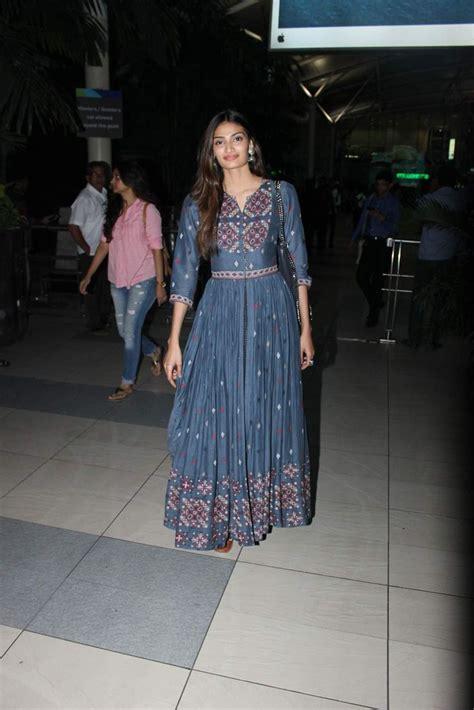 Dress Athiya athiya shetty wearing a vrisa by rahul n shikha dress and