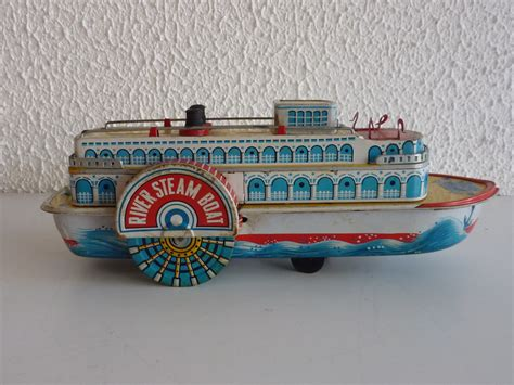 steam boat toy tin toy mississippi river steam boat made in japan battery