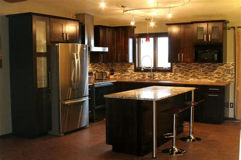 Dark Espresso Kitchen Cabinets by Using Espresso Kitchen Cabinets For Elegant Kitchen Design