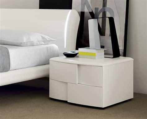 Ideas For Bedside Reading L Design Mdf Vopsit Mdf Curbat Mdf Lucios Vdesigning Ro