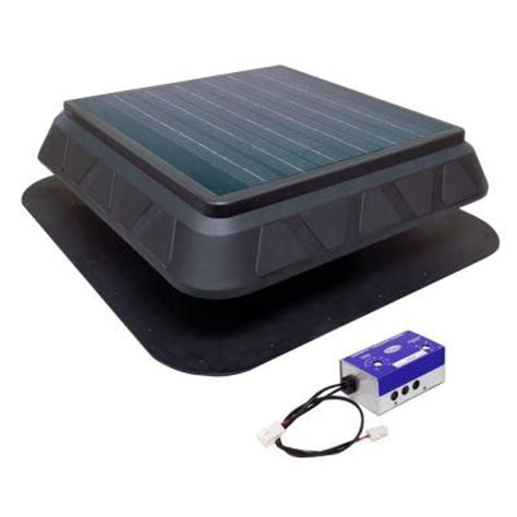 solar powered bathroom exhaust fan master flow 750 cfm low profile solar powered roof mount