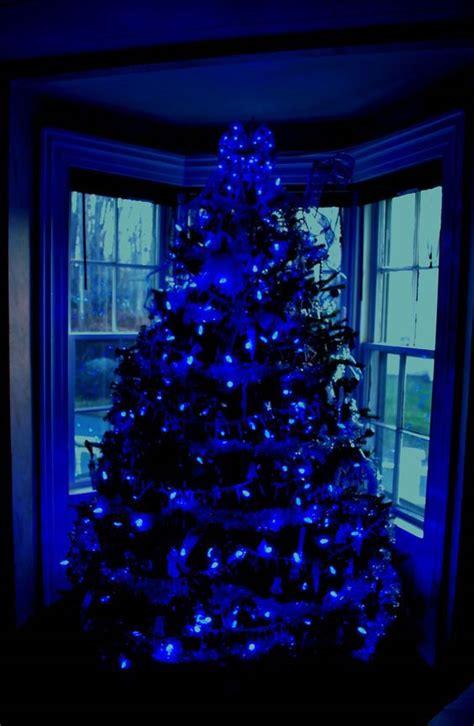 blue christmas decor ideas   inspired feed