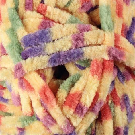 B29 Soft Pink flutterby chunky yarn free knitting pattern brett
