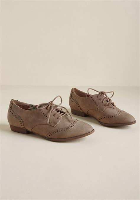 vintage flats shoes retro flat shoes 1930s 1940s 1950s 1960s styles