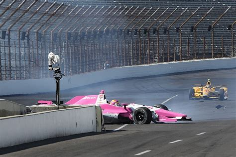 indianapolis car crash news pippa mann crashes into the end of indianapolis pit wall
