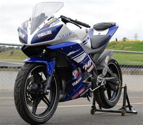 Girset Yamaha R15 yamaha r15 race series for 2017 asbk mcnews au