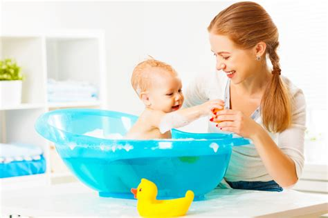 6 baby bathtub reviews to help you choose the right one