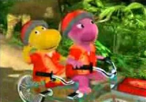 Backyardigans Pizza A Bicycle Built For Two The Backyardigans Wiki