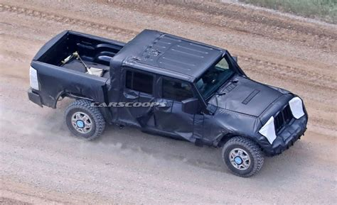 truck jeep wrangler jeep s upcoming wrangler based pickup truck finally spotted