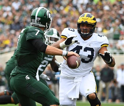Chris Illinois Of Michigan Mba by Former Michigan Dl Chris Wormley Goes From One Harbaugh To