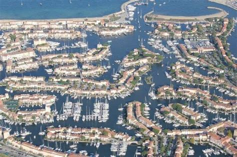 flying boat tour de france port grimaud helicopter view over the bay of st tropez