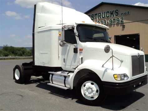 Used Truck Sleeper For Sale by Used Single Axle Sleepers Semi Trucks For Sale