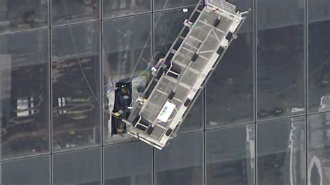 How Many Floors Was The World Trade Center by World Trade Center Rescue Stranded Workers Pulled To