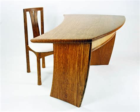 ebb and flow desk