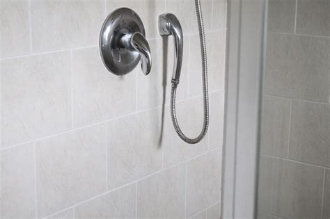 best thing to clean glass shower doors best thing to clean shower doors how to clean glass