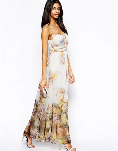 Maxi Flowery lyst maxi dress in floral print in white