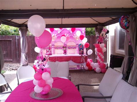 minnie mouse backyard party mini mouse in the back yard birthday party ideas photo 5