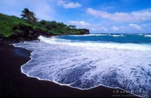 Black Sand Beaches Hawaii by Black Sand Beach Maui Hawaii Hawaii Pinterest