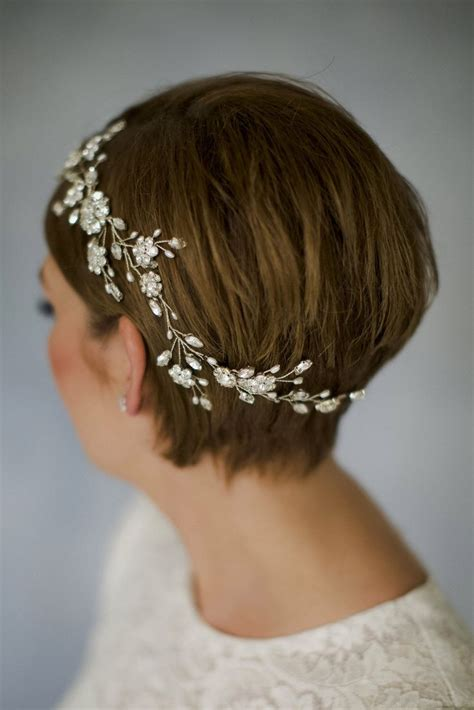 medium hair styles with barettes wedding hair accessories for bobs fade haircut
