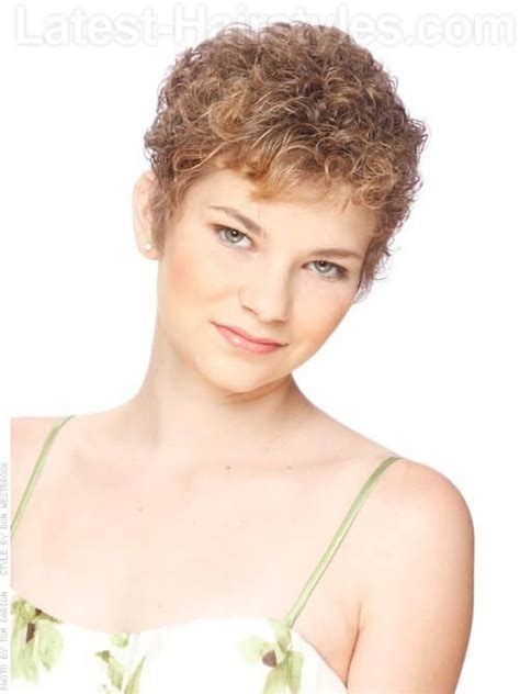 crops for thin frizzy hair 2013 body perm short hairstyle 2013