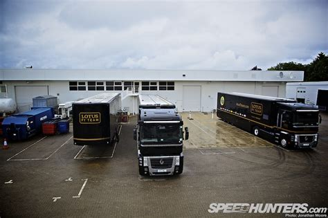 f1 factory black gold green lotus f1 factory tour speedhunters