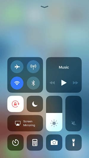 guide how to turn on flashlight on iphone 8 8 plus x in ios 11 easeus