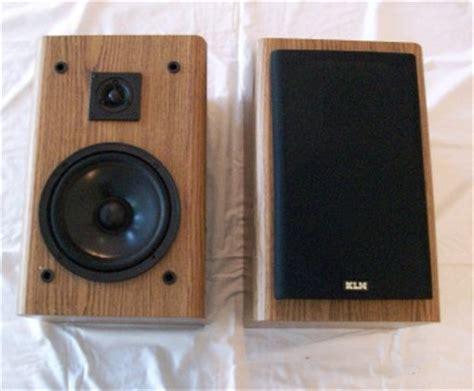klh bookshelf speakers 140 watts