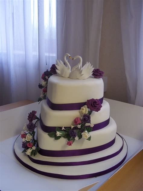Shaped Wedding Cakes by Shaped Wedding Cake Cakecentral