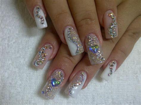 imagenes de uñas acrilicas con muchas piedras en plata con cristales cosas que quiero probar pinterest