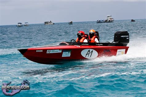 round island boat race round the island boat race bermuda august 14 2011 1 18