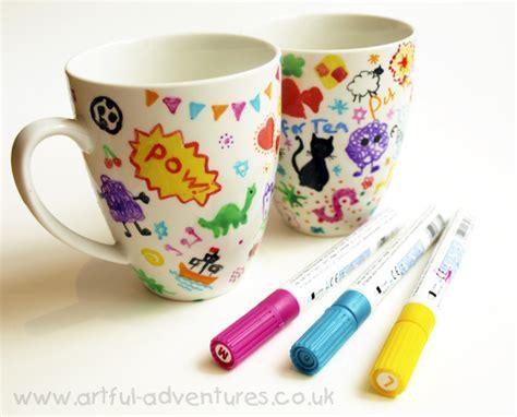 doodle decorated mugs artful adventures