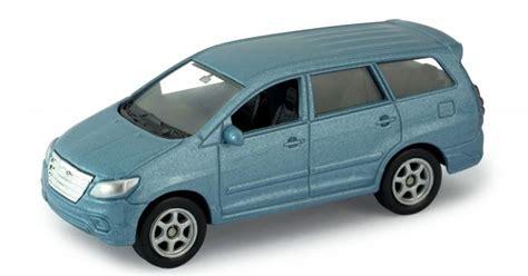 Toyota Kijang Innova 2012 Model Welly Scale 160 Black ripituc nuevos welly 1 60 1 64
