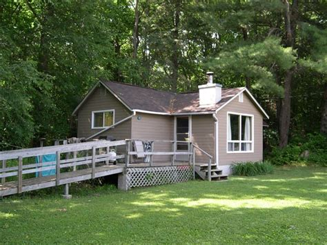 wheelchair accessible cottages handicap accessible cottage lake kashagawigamog