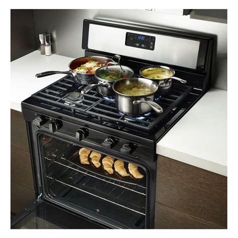 Oven Gas Golden Standard wfg505m0bwwhirlpool 5 1 cu ft standard clean gas range