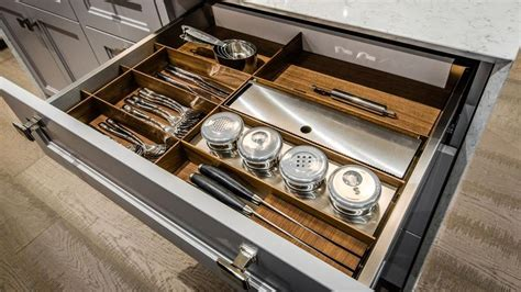Kitchen Closet Design Ideas Rangements Tiroirs Et Armoires Pour Cuisines Et Salles De