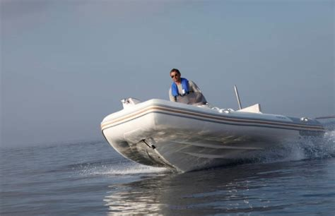 zodiac ski boat research 2014 zodiac boats medline 540 on iboats