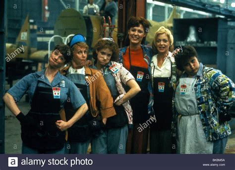 swing shift movie swing shift 1984 holly hunter christine lahti goldie