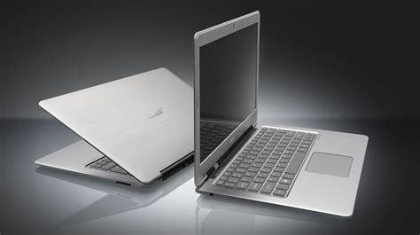 Laptop Acer Ultrabook spec showdown acer aspire s3 951 ultrabook vs 13 3 inch macbook air pcworld