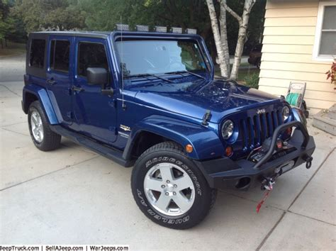 Navy Blue Jeep Wrangler Unlimited Image