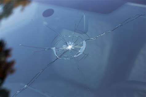 how to repair glass cracks windshield repair replacement hamilton i skyline reflections