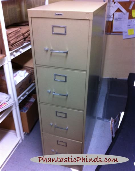 Chalk Paint On Metal Filing Cabinet Phantastic Metal Filing Cabinet Update How To Use Chalk Paint 174 On Metal