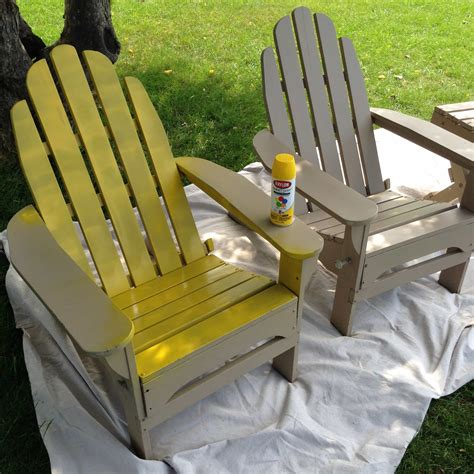 A quot pop quot of red painted adirondack chairs