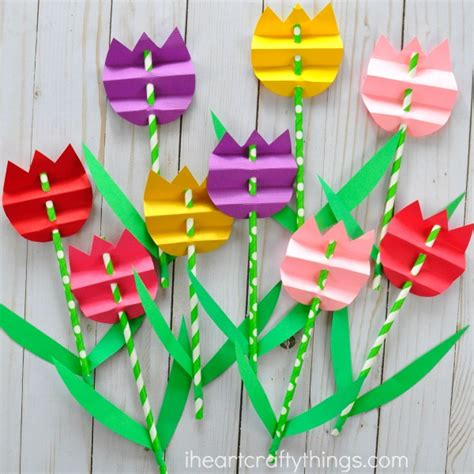 How To Make Craft From Paper - pretty paper straw tulip craft i crafty things