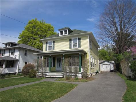 3 Bedroom House Kingston by 3 Bedroom Homes For Sale In Kingston Ny