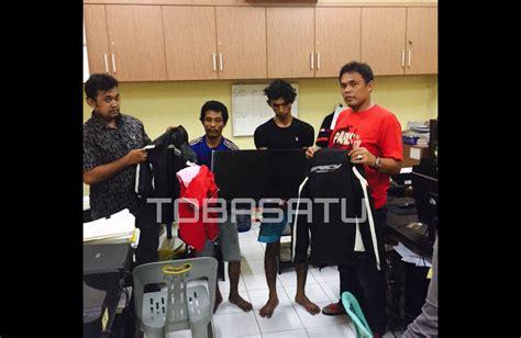 Jaket Reskrim duo pembobol showroom aksara motor diciduk polisi saat beraksi